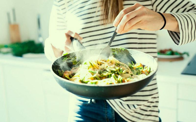 take-cbd-oil-meals